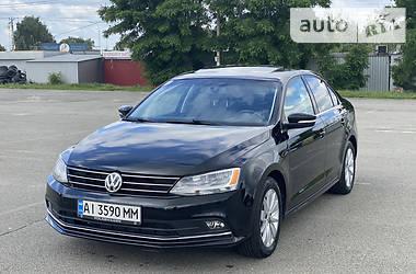 Седан Volkswagen Jetta 2015 в Києві