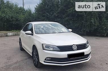 Седан Volkswagen Jetta 2016 в Ивано-Франковске