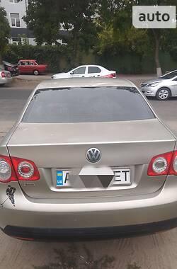 Седан Volkswagen Jetta 2005 в Харькове