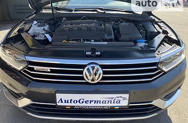 Универсал Volkswagen Passat Alltrack 2020 в Киеве