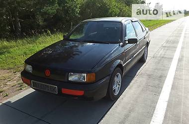Volkswagen Passat B3 1990 в Олевске