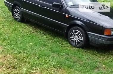 Volkswagen Passat B3 1993 в Рахове