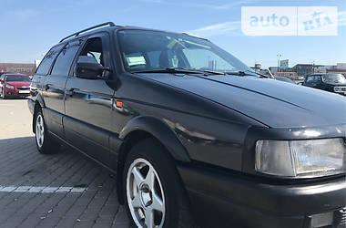 Volkswagen Passat B3 1993 в Черновцах