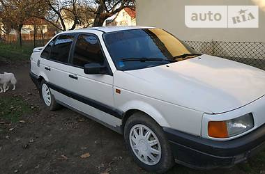 Volkswagen Passat B3 1993 в Самборе