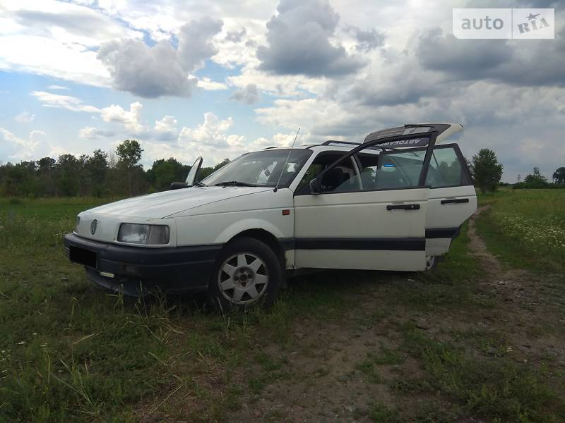 Унiверсал Volkswagen Passat B3 1993 в Борисполі