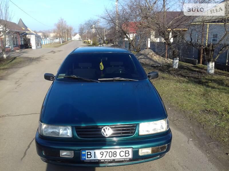 Volkswagen Passat B3 1994 в Семеновке