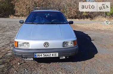 Volkswagen Passat B3 1988 в Угледаре