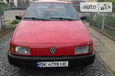 Седан Volkswagen Passat B3 1989 в Здолбунове