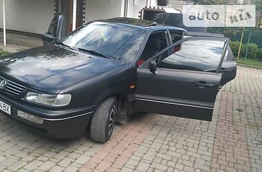 Седан Volkswagen Passat B4 1994 в Бучаче