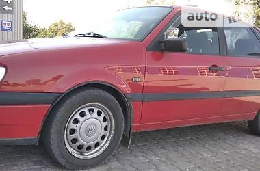 Седан Volkswagen Passat B4 1996 в Бучаче