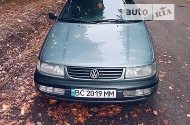 Седан Volkswagen Passat B4 1994 в Каменке-Бугской