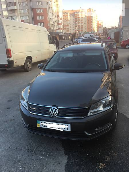 Volkswagen Passat 2013 року в Вінниці