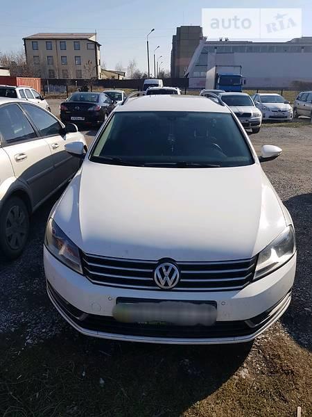 Volkswagen Passat 2012 року в Донецьку