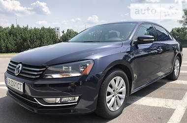 Седан Volkswagen Passat B7 2014 в Киеве