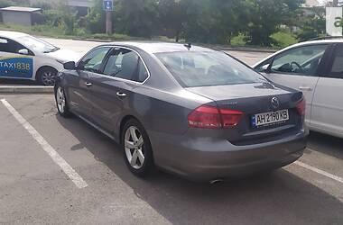 Седан Volkswagen Passat B7 2013 в Мариуполе