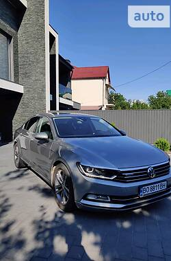 Седан Volkswagen Passat B8 2016 в Тернополе