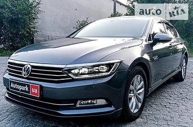 Седан Volkswagen Passat B8 2015 в Києві