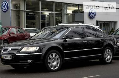 Седан Volkswagen Phaeton 2003 в Києві