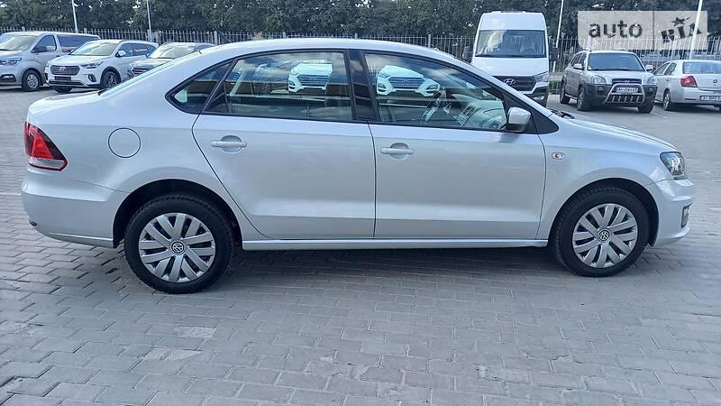 Volkswagen Polo OFICIAL AUTO 2017