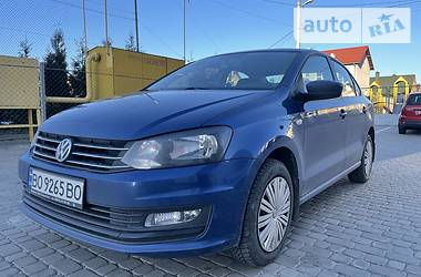 Седан Volkswagen Polo 2018 в Львові