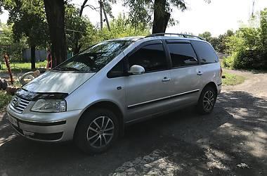 Volkswagen Sharan 2004 в Покровске