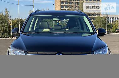 Внедорожник / Кроссовер Volkswagen Tiguan 2017 в Мариуполе