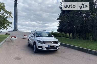 Внедорожник / Кроссовер Volkswagen Tiguan 2012 в Житомире