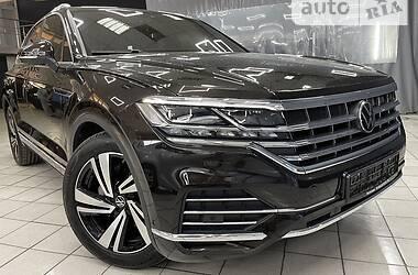 Внедорожник / Кроссовер Volkswagen Touareg 2021 в Киеве