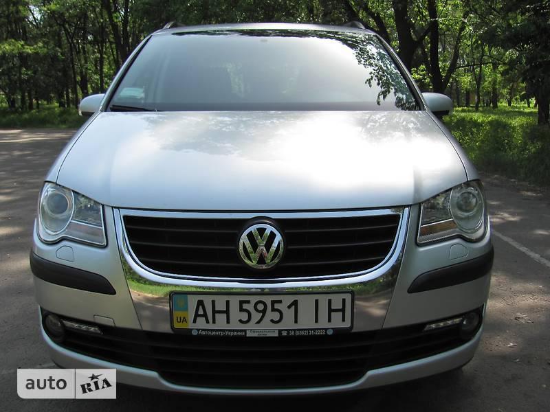 Volkswagen Touran 2007 в Донецке