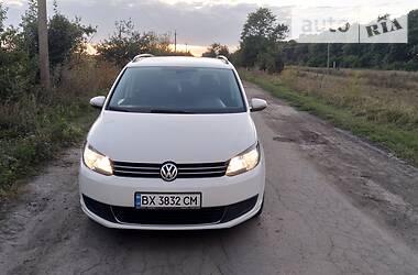 Volkswagen Touran 2011 в Староконстантинове