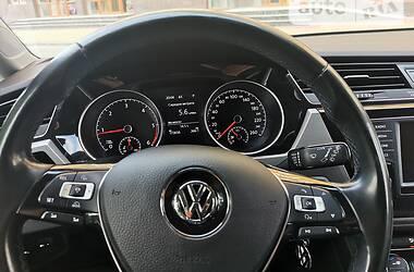 Минивэн Volkswagen Touran 2016 в Луцке