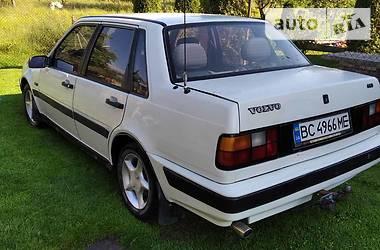 Седан Volvo 460 1991 в Золочеве