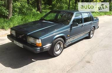 Volvo 740 1989