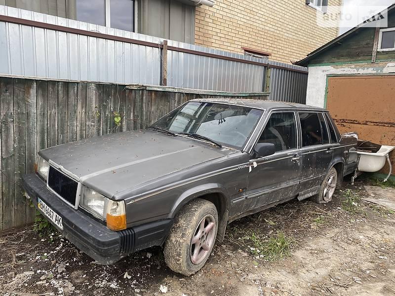 Седан Volvo 740 1986 в Боярке