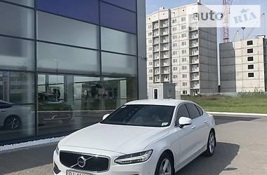 Седан Volvo S90 2017 в Кременчуці