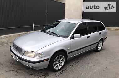 Универсал Volvo V40 1999 в Черновцах