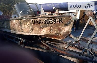 Лодка Южанка 2 1989 в Вышгороде