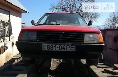 ЗАЗ 1102 Таврия 1985 в Рахове