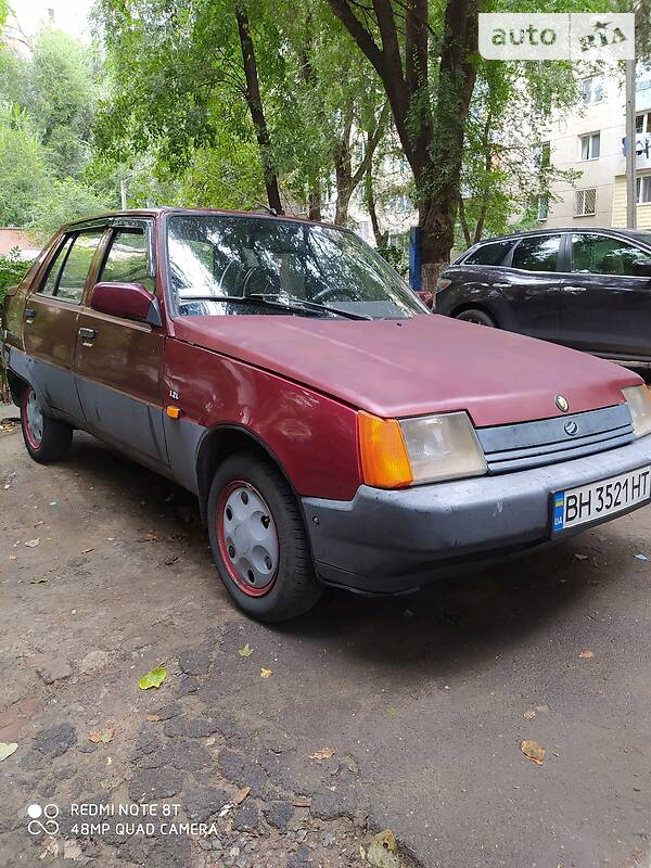 Хетчбек ЗАЗ 1103 Славута 2000 в Одесі