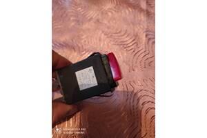 1U0953235B Применяемый кнопка аварийки для Skoda Octavia 1997