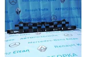 Абсорбер бампера для Рено Трафик Renault Trafic 2014-2020 г. в.