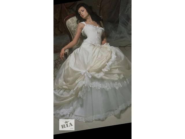 бу Papilio шикарное свадебное платье в Одессе