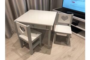 Дитячий стіл і стілець
