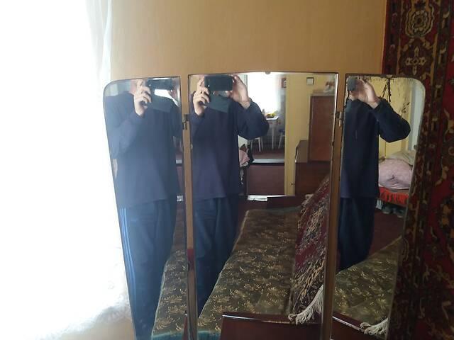 бу Підлогове дзеркало  в Жидачове