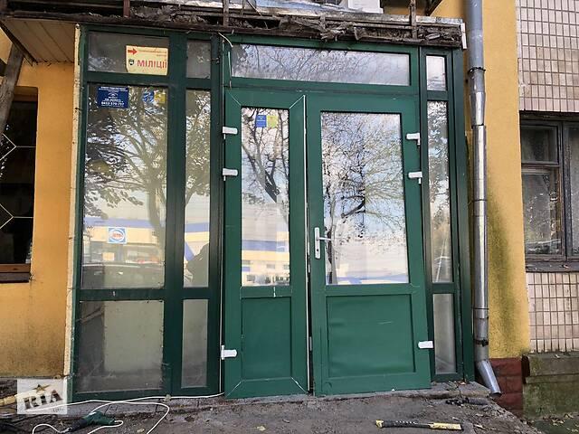 Продам Окна и Двери металлопластиковые (тамбур) Б/У