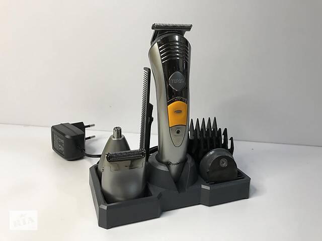 купить бу Универсальный мужской триммер для бороды усов носа и тела 7в1 Geemy 580A машинка для стрижки в Харькове