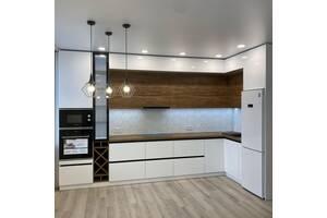 Угловая кухня размером 3.8х2.1