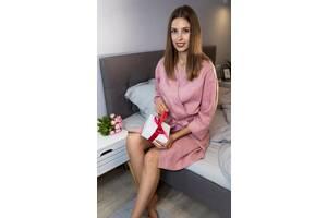 Жіночий лляний халат ніжного рожевого відтінку