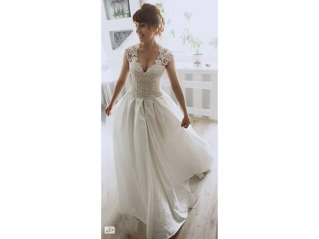 Свадебное платье- объявление о продаже  в Ровно