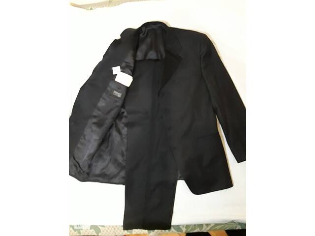 купить бу Новый костюм/смокинг/ для самого торжественного мероприятия в Днепре (Днепропетровск)